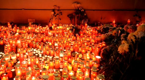 CLUB-COLECTIV-CANDELE-FOTO-ZF.RO_